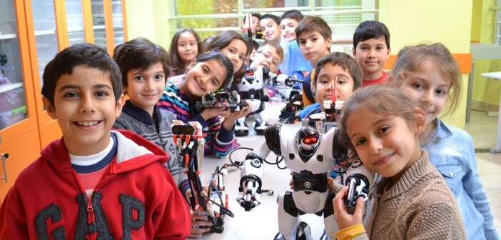 Çocuklar için Robotik dersleri